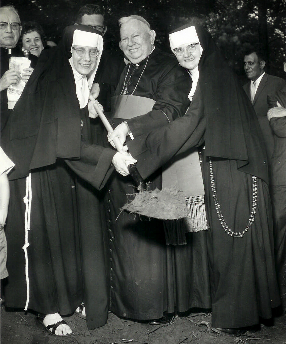 web-mother-angelica-006-courtesy-of-the-olam-nuns