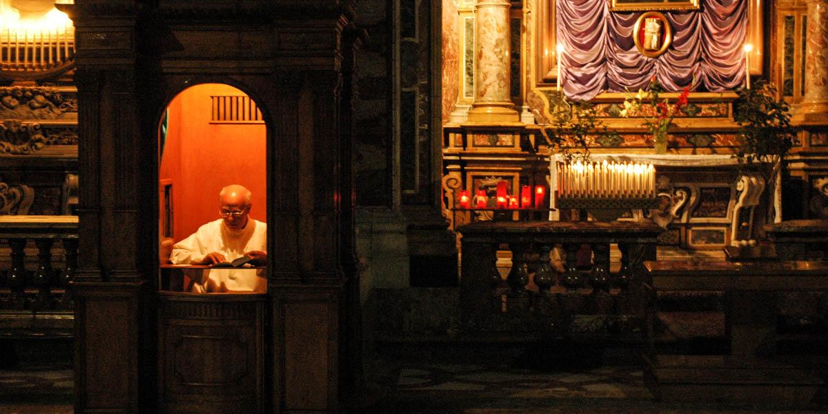 CONFESSIONAL,PRIEST