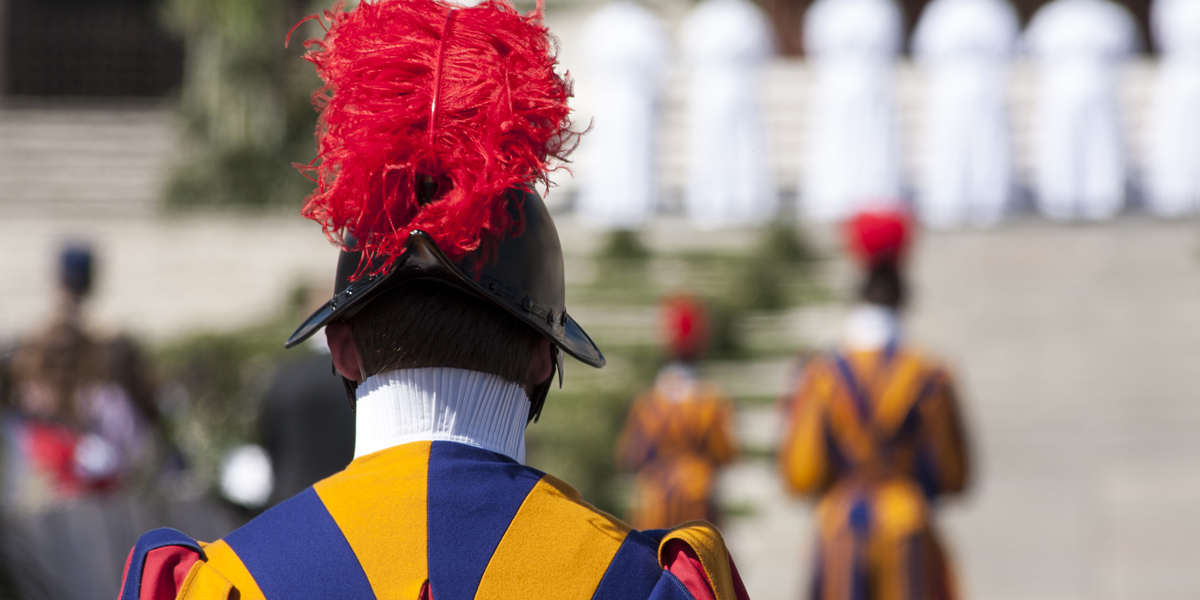 SWISS GUARD,VATICAN,CITY