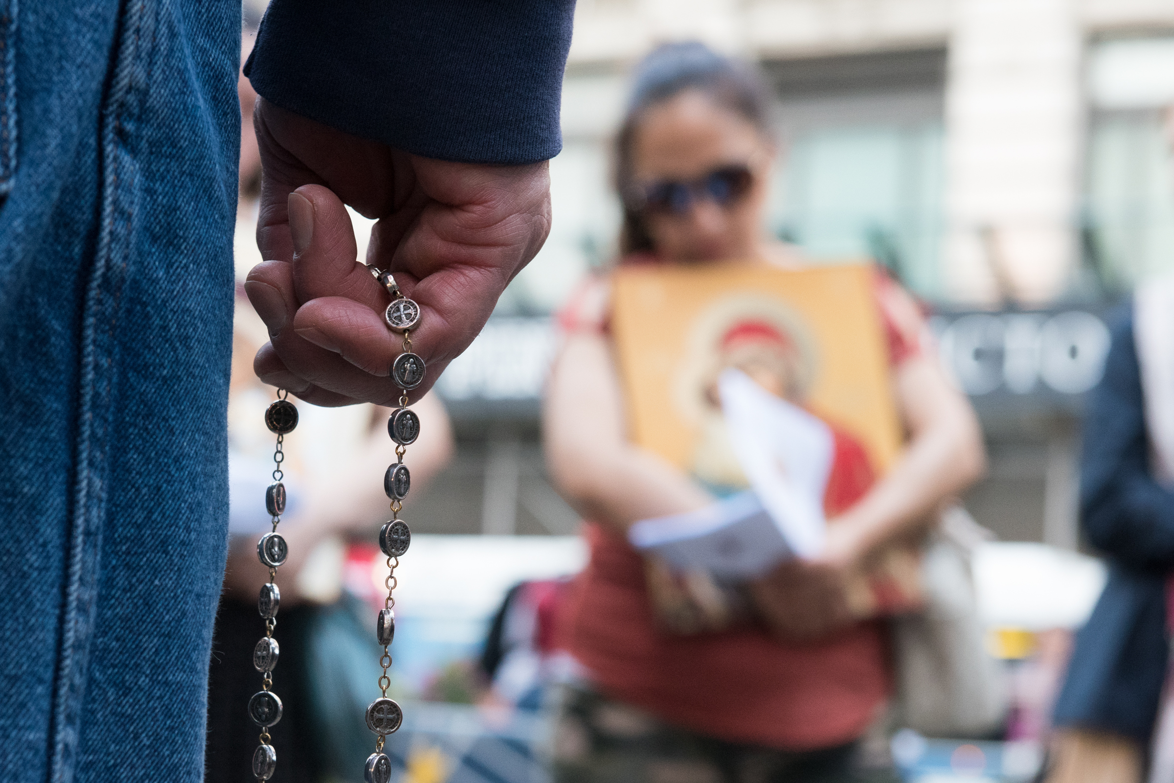 CHRISTIAN PERSECUTION,NEW YORK,TIMES SQUARE