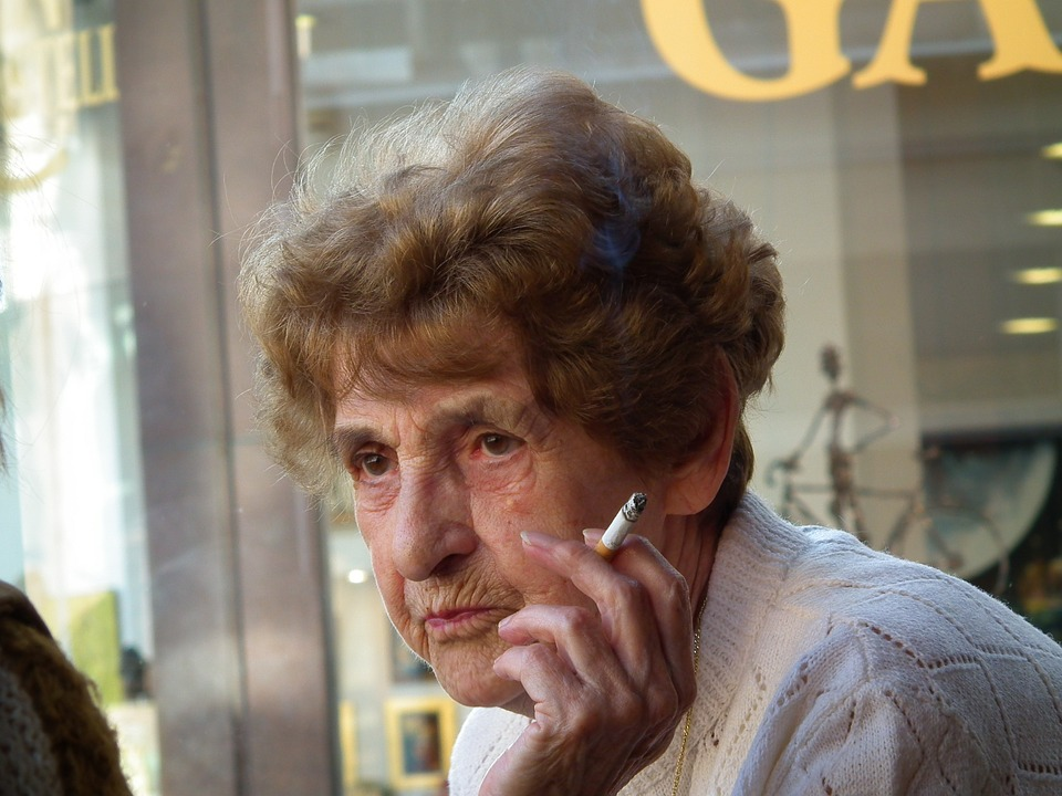 old-lady.jpg